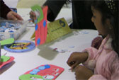 gallery-Child_Act_Arts&Crafts